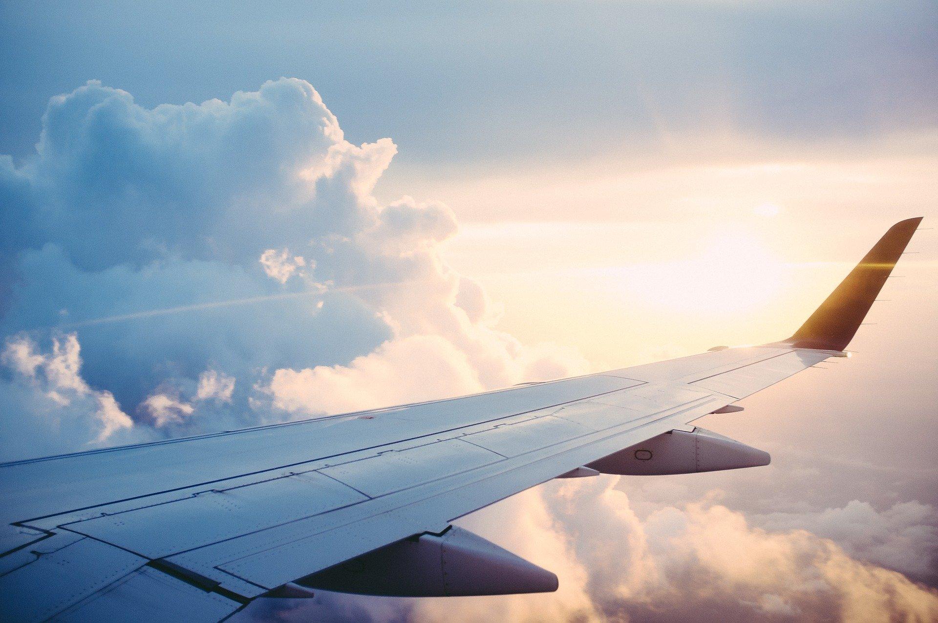 Картинка неба самолет