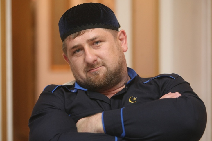 Портрет мерседесами: самые эксцентричные поступки Кадырова