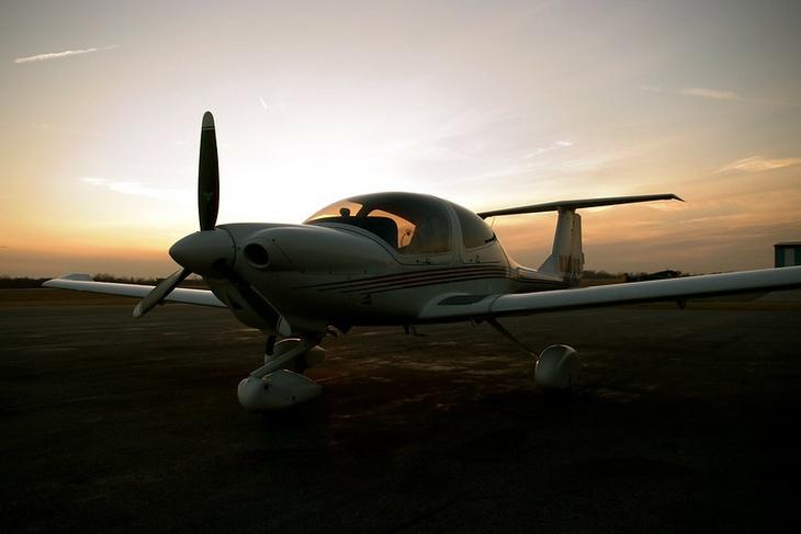 ВоФранции столкнулись два легких самолета, погибли 5 человек
