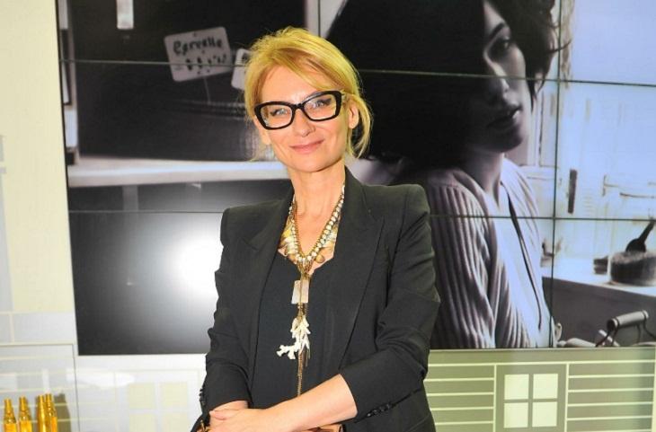 В песочницу и в театр: Хромченко показала, как модно и сказочно одевать детей